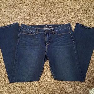 New York & Company Soho Bootcut Jeans Size 14